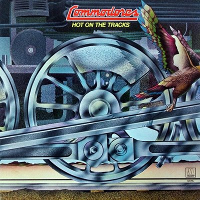 The_Commodores_Hot_on_the_Tracks