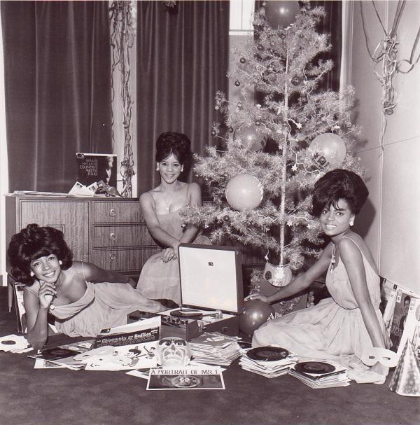 supremes christmas tree